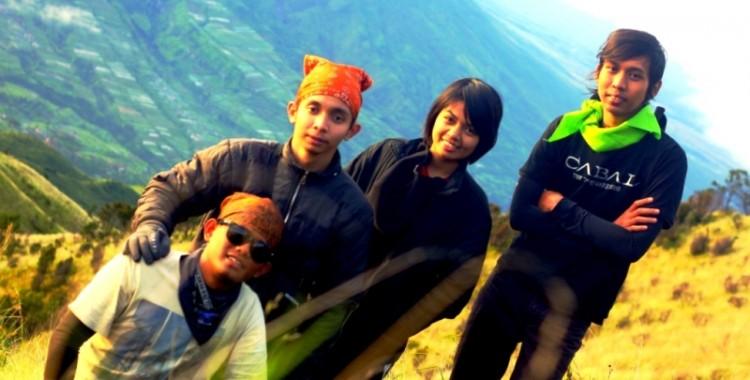 Tahun Baru 2013 di Gunung Merbabu 3.142 Mdpl