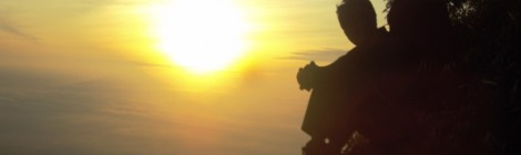 Menikmati Sunrise Gunung Merapi