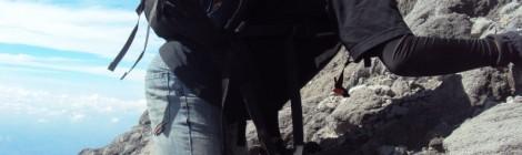 Eko Syamsudin di Bebatuan Menuju Puncak Gunung Merapi